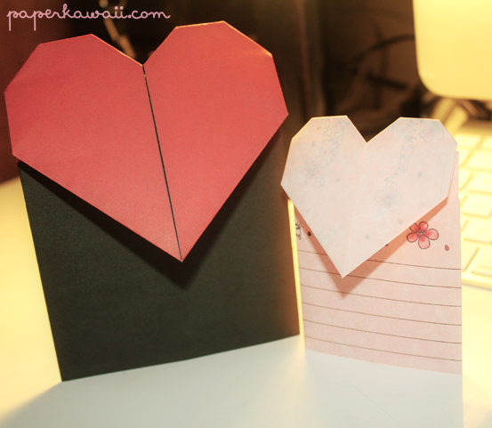 Learn how to make a really cute valentines day heart card. It will only take you 5 minutes, you need A4 or square paper...
