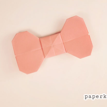 Origami Bow Tutorial - new version via @paper_kawaii