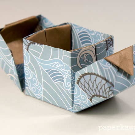 Hinged Origami Box - Cube Version Tutorial via @paper_kawaii