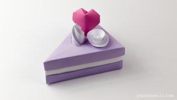 Origami Cake Slice Box Instructions via @paper_kawaii