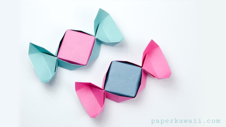 pink-and-blue-origami-candy-boxes