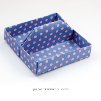 Square Origami Tray / Table Caddy Tutorial via @paper_kawaii