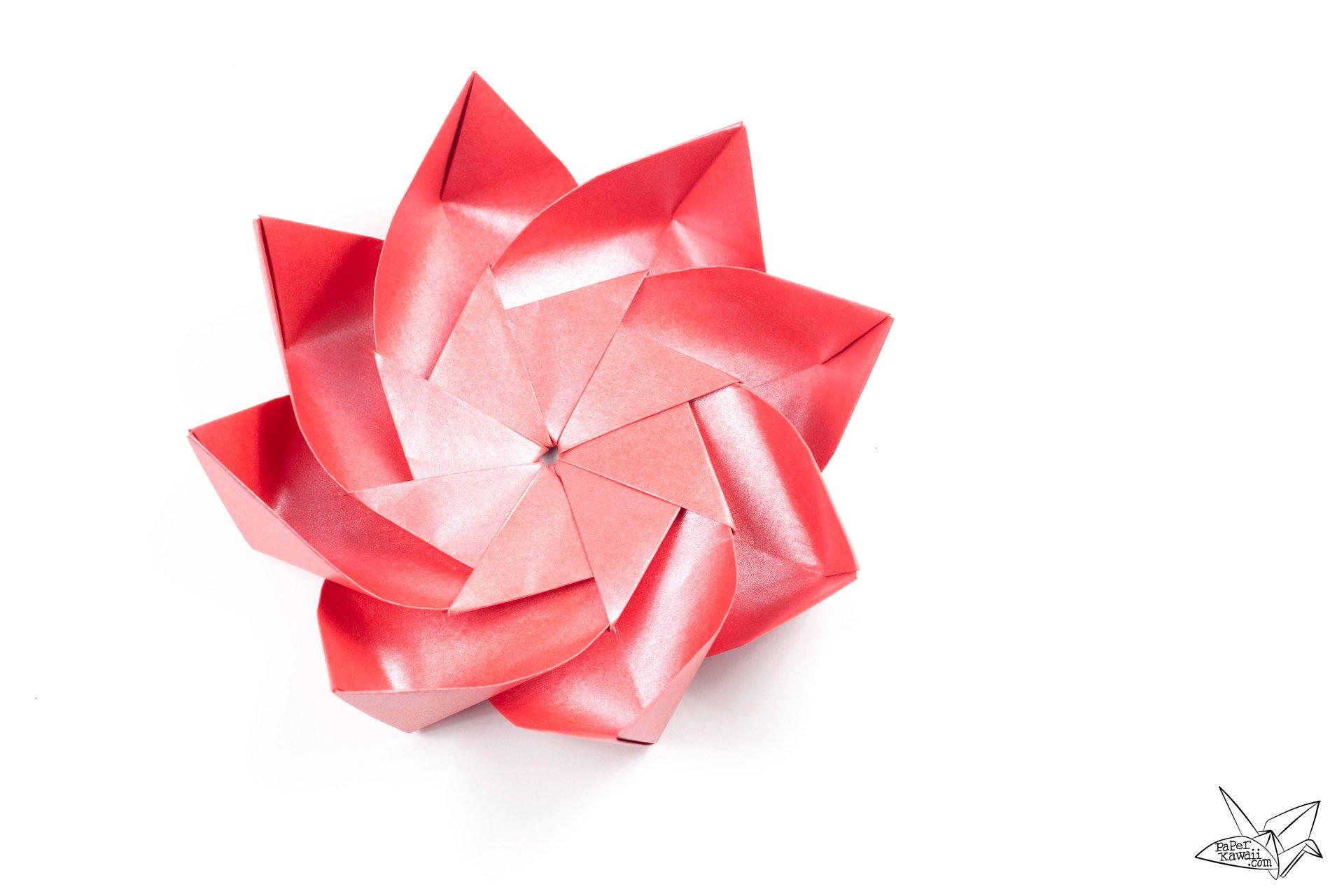 Modular Origami Lotus Flower With 8 Petals Tutorial