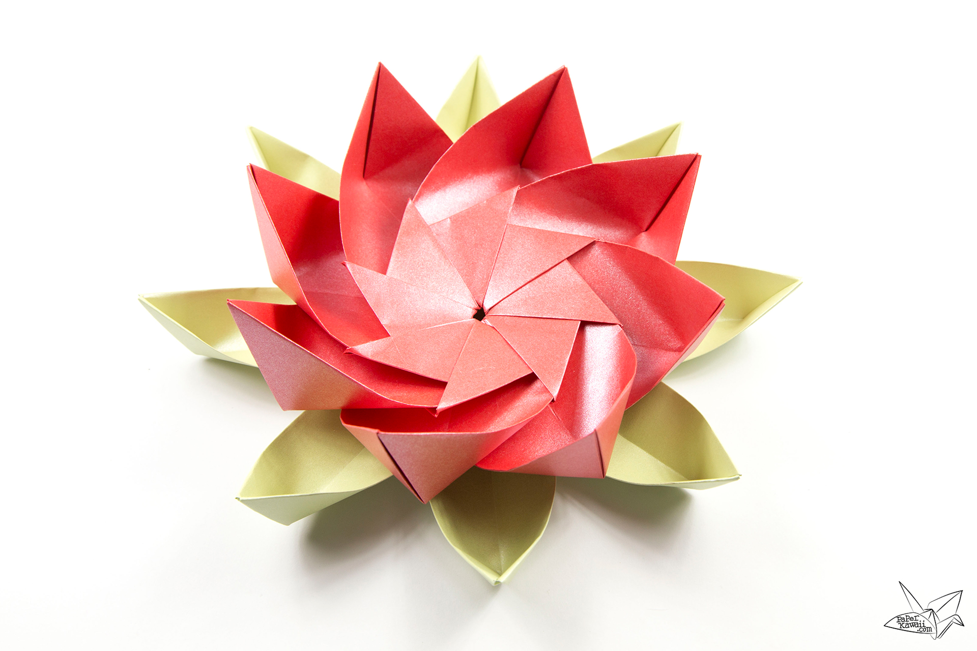 Modular origami lotus flower with 8 petals tutorial for How to make a lotus with paper