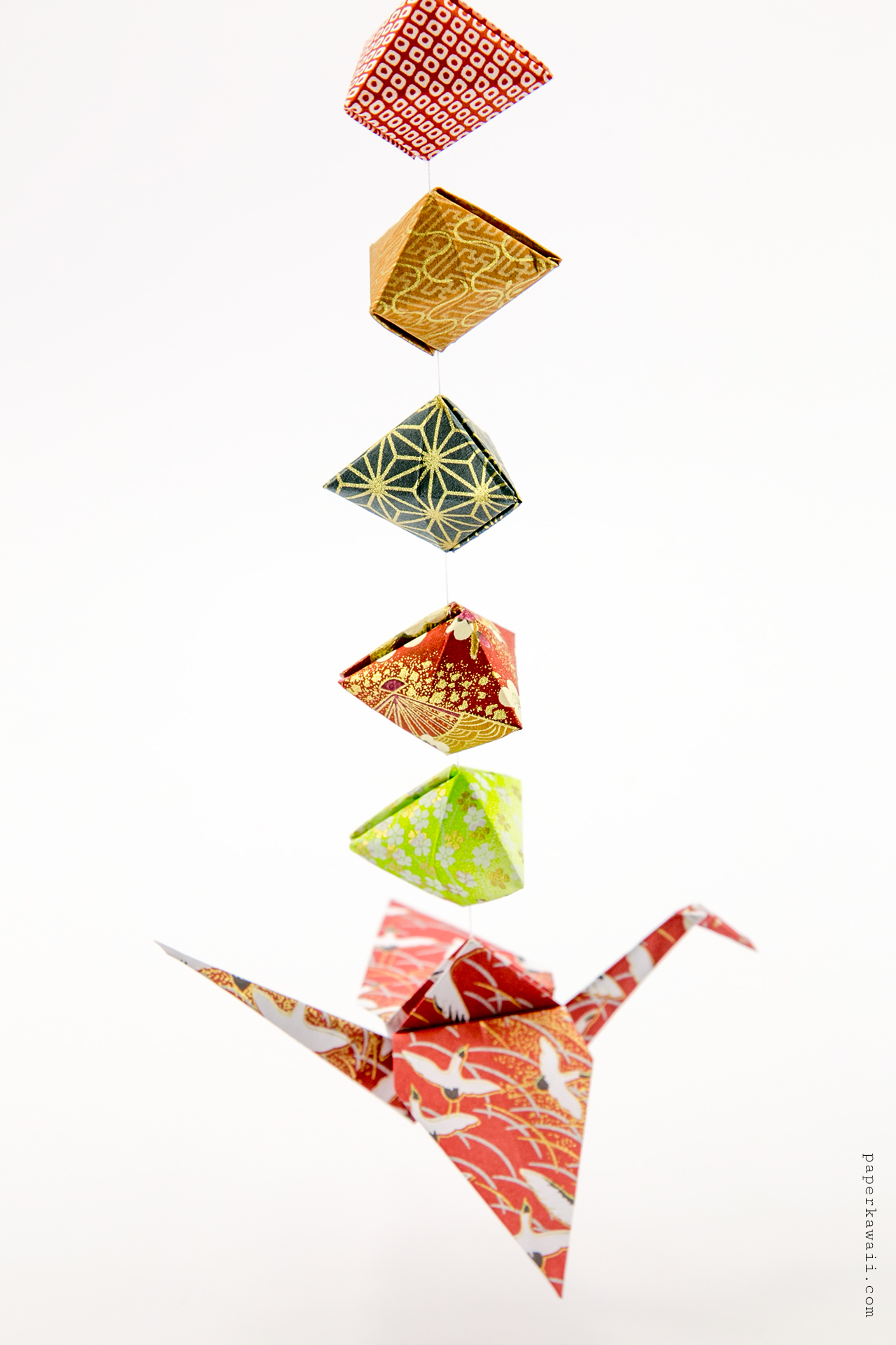 Origami tripyramid gift box tutorial david donahue paper kawaii you can download all three of these origami paper patterns and loads more and print them out from here jeuxipadfo Image collections