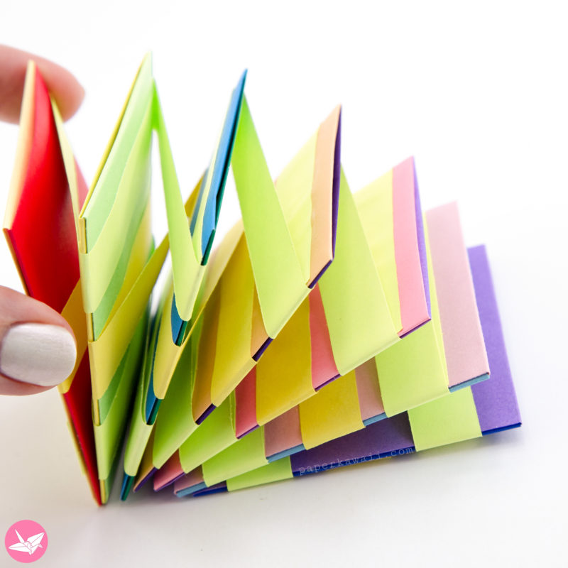 Jacobs Ladder Tutorial - Origami Squares - 2 Methods via @paper_kawaii
