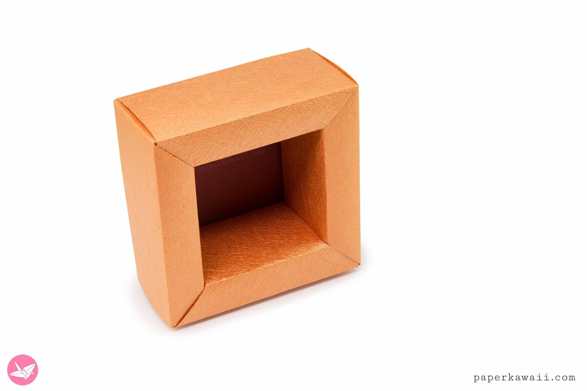 Modular Origami Display Frame Tutorial via @paper_kawaii