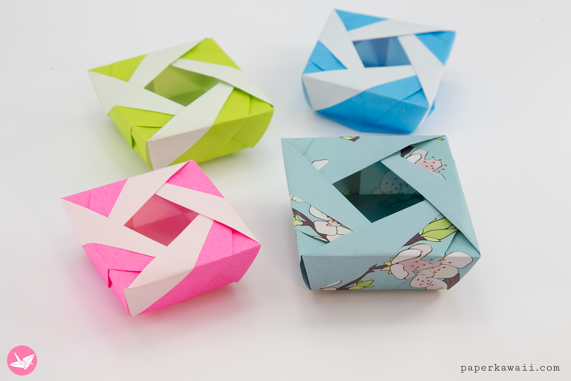 Origami Lady Box Tutorial (José Meeusen) via @paper_kawaii