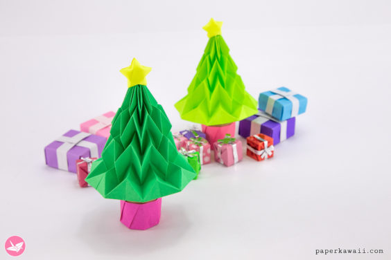 Origami Christmas Tree Tutorial – Accordion Folding